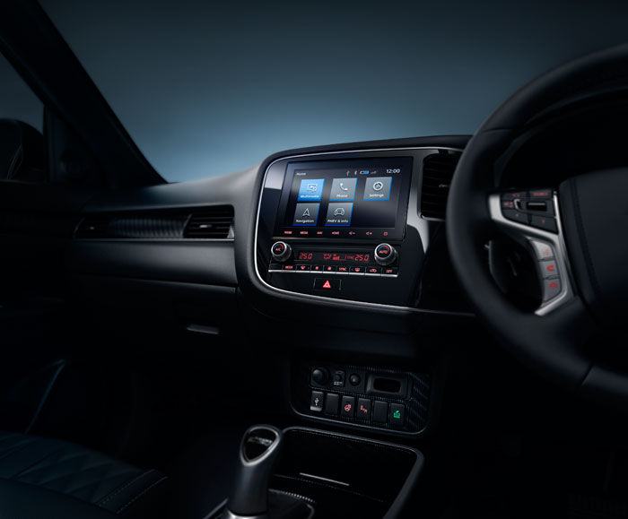 Outlander-Phev-Interior